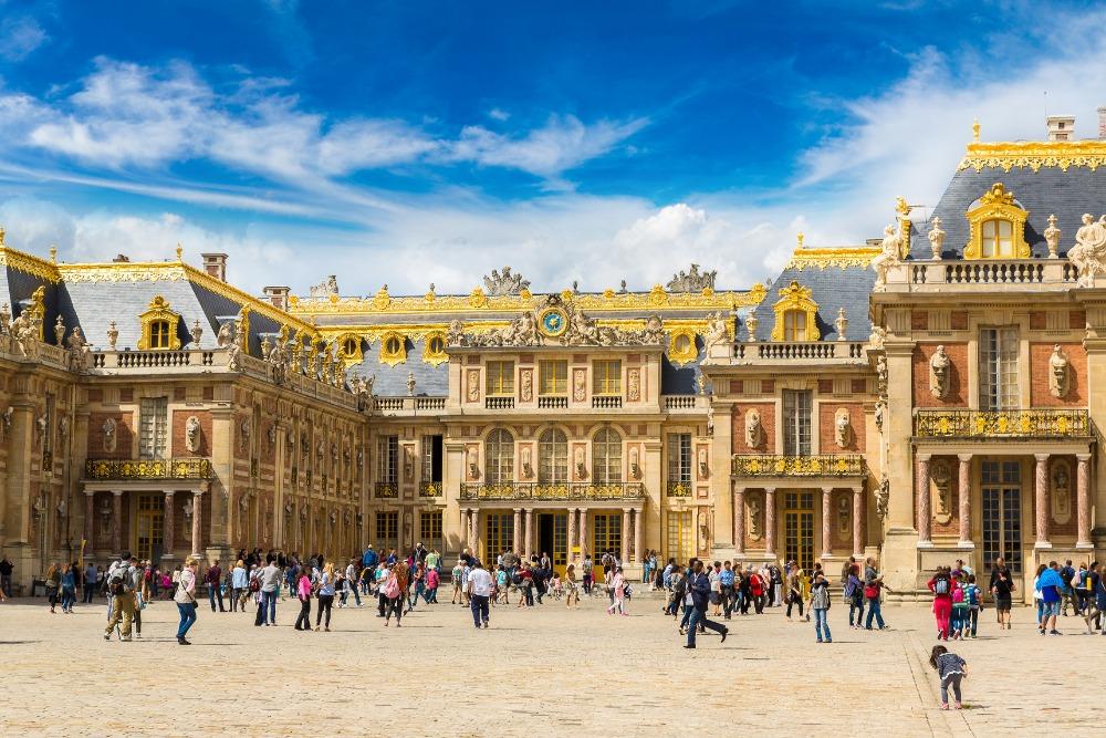 Schoolreis Parijs: nu ook gastgezinnen in Versailles